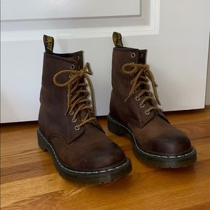 Dr. Martins Brown Boot